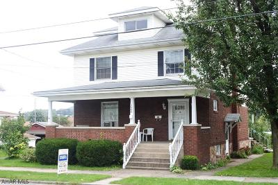 Blair County Single Family Home For Sale: 1906 Adams Ave