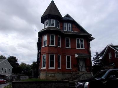 Altoona Multi Family Home For Sale: 1501 15th Street