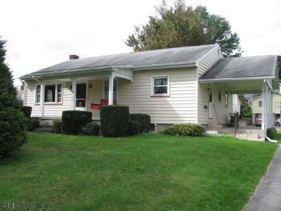 Blair County Single Family Home For Sale: 600 E 6th Street