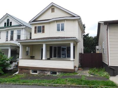 Altoona Single Family Home For Sale: 2003 5th Street