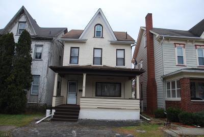 Altoona Single Family Home For Sale: 2803 W Chestnut Ave