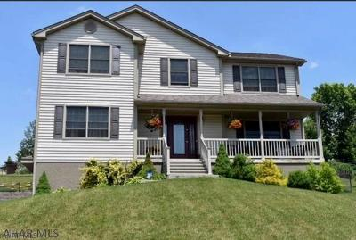 Duncansville Single Family Home For Sale: 111 Estate Dr