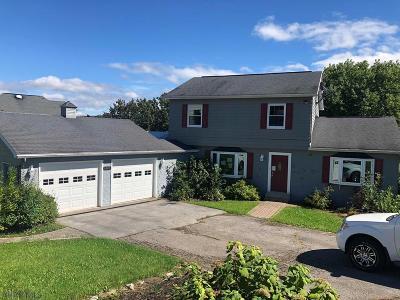 Duncansville Single Family Home For Sale: 1001 Gordon Lane