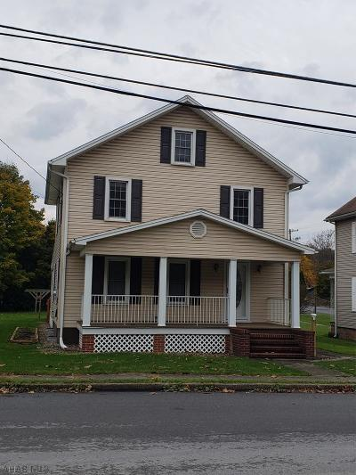 Claysburg Single Family Home For Sale: 933 Bedford Street