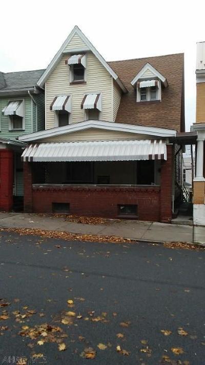 Altoona Single Family Home For Sale: 1516 3rd Avenue