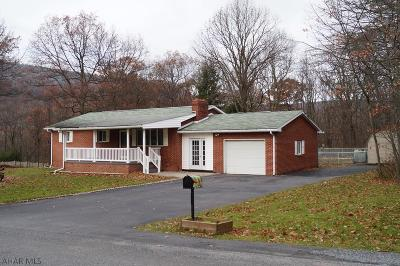 Blair County Single Family Home For Sale: 205 Hope Lane