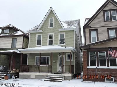 Altoona Single Family Home For Sale: 3020 Spruce Ave