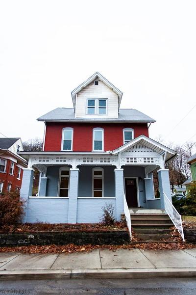 Tyrone Single Family Home For Sale: 1405 Lincoln Ave