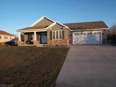 Duncansville Single Family Home For Sale: 111 Mallard Lane