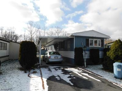 Altoona Single Family Home For Sale: 1036 Rosewood Drive