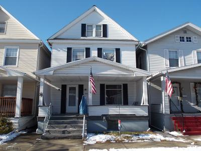 Altoona Single Family Home For Sale: 3012 W Chestnut Ave