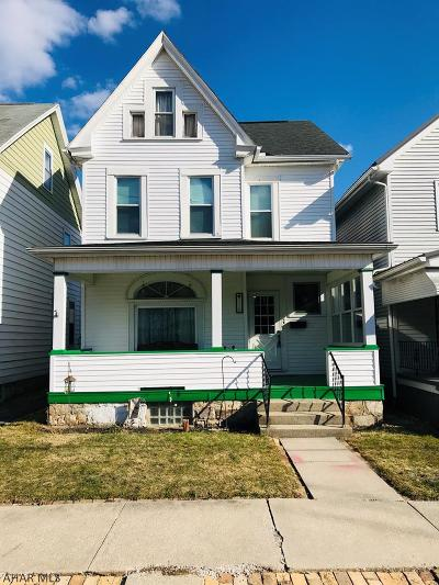 Altoona Single Family Home For Sale: 110 West 9th Ave