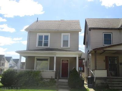 Altoona Single Family Home For Sale: 1001 N 3rd Street