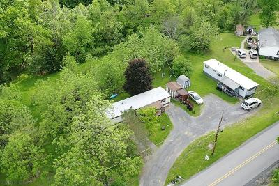 Altoona Single Family Home For Sale: 242/250 Harmony Drive