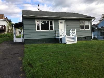 Blair County Single Family Home For Sale: 504 E Walton Avenue