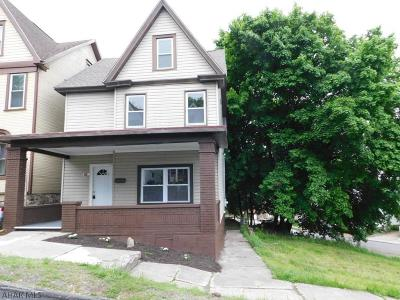Altoona Single Family Home For Sale: 1908 15th Ave