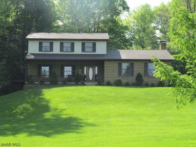 Altoona Single Family Home For Sale: 169 Beechwood Drive