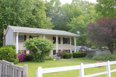 Altoona Single Family Home For Sale: 1112 Creekside Dr