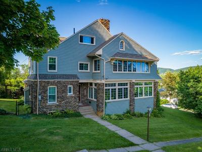 Altoona Single Family Home For Sale: 3230 W Chestnut Ave