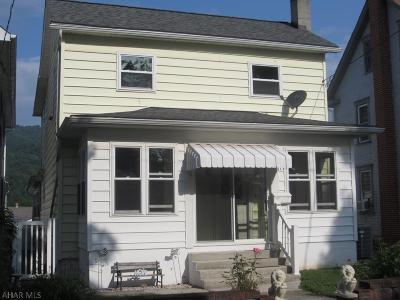 Martinsburg, Roaring Spring, East Freedom, New Enterprise, Woodbury Single Family Home For Sale: 628 Locust Street