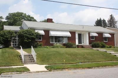 Ebensburg Single Family Home For Sale: 615 E Sample St