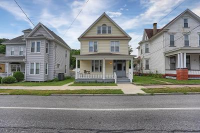 Tyrone Single Family Home For Sale: 517 W 15th St