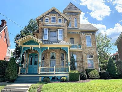 Single Family Home For Sale: 308 E Penn Street