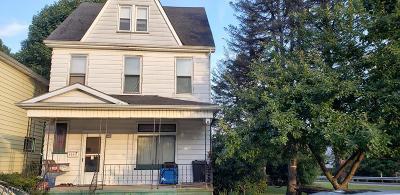 Altoona Single Family Home For Sale: 3025 Pine Ave