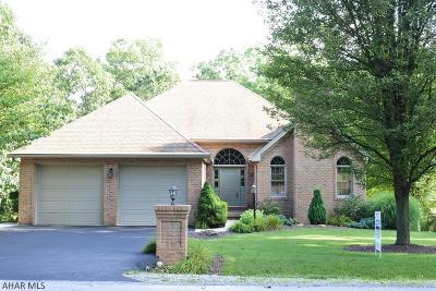 Hollidaysburg Single Family Home For Sale: 23 Majestic Circle