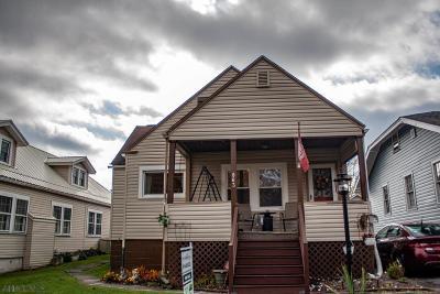Altoona Single Family Home For Sale: 863 36th Street