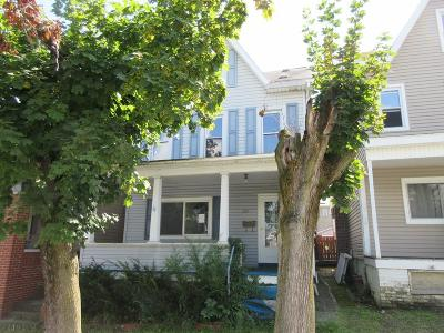 Altoona Single Family Home For Sale: 109 3rd Avenue