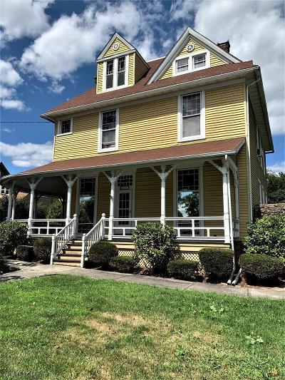 Hollidaysburg, Duncansville Single Family Home For Sale: 807 Walnut Street