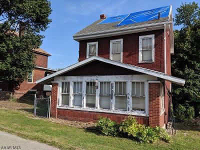 Altoona Single Family Home For Sale: 2107 12th Avenue
