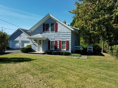 Venango County Single Family Home For Sale: 3697 State Route 257