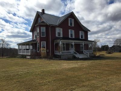 Venango County Single Family Home For Sale: 2899 Nickleville Rd