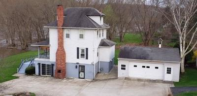 Venango County Single Family Home For Sale: 638 1/2 Elk Street