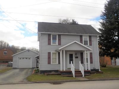 Venango County Single Family Home For Sale: 210 Nesbit Street
