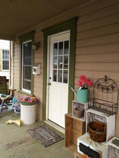 Venango County Single Family Home For Sale: 30 Russell Street