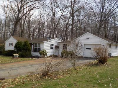 Venango County Single Family Home For Sale: 136 Maple Shade Road
