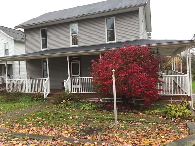 Emlenton PA Single Family Home For Sale: $140,000
