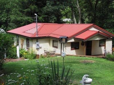 Venango County Single Family Home For Sale: 120 Squirrel Dr