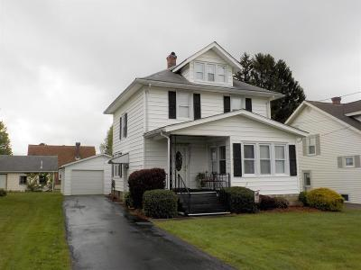 Venango County Single Family Home For Sale: 327 Oak Road