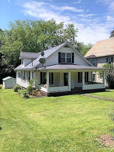 Venango County Single Family Home For Sale: 305 Walnut St.