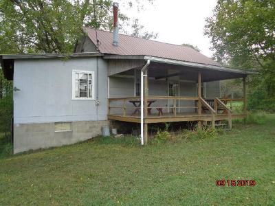 Clarion County Single Family Home For Sale: 82 Wolfs Corner Rd