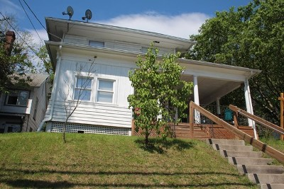 Towanda Single Family Home For Sale: 600 Elizabeth St