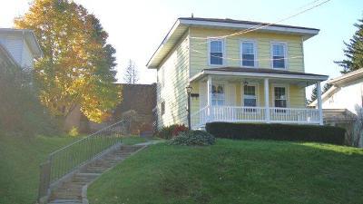Towanda Single Family Home For Sale: 512 South Fourth St