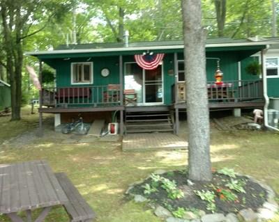 Gillett Single Family Home For Sale: 638 Krise
