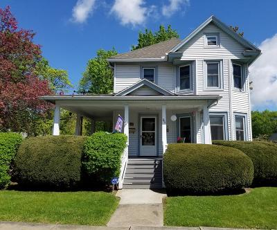 Waverly Single Family Home For Sale: 95 Clinton St