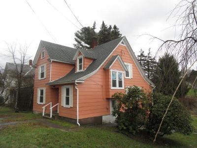 Towanda Single Family Home For Sale: 604/618 Reuter Blvd