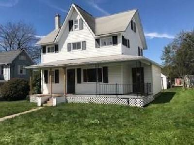 Mildred Single Family Home For Sale: 16 Pennsylvania Ave.